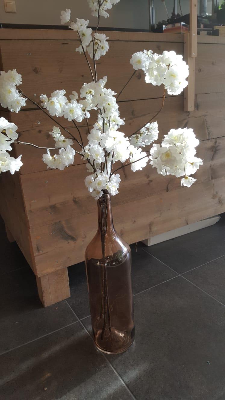 Wit gemengd zijde boeket op vaas - 2